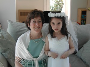 katie and mom communion